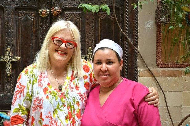 1.2_Edwina-and-Hasna-close-up_resized